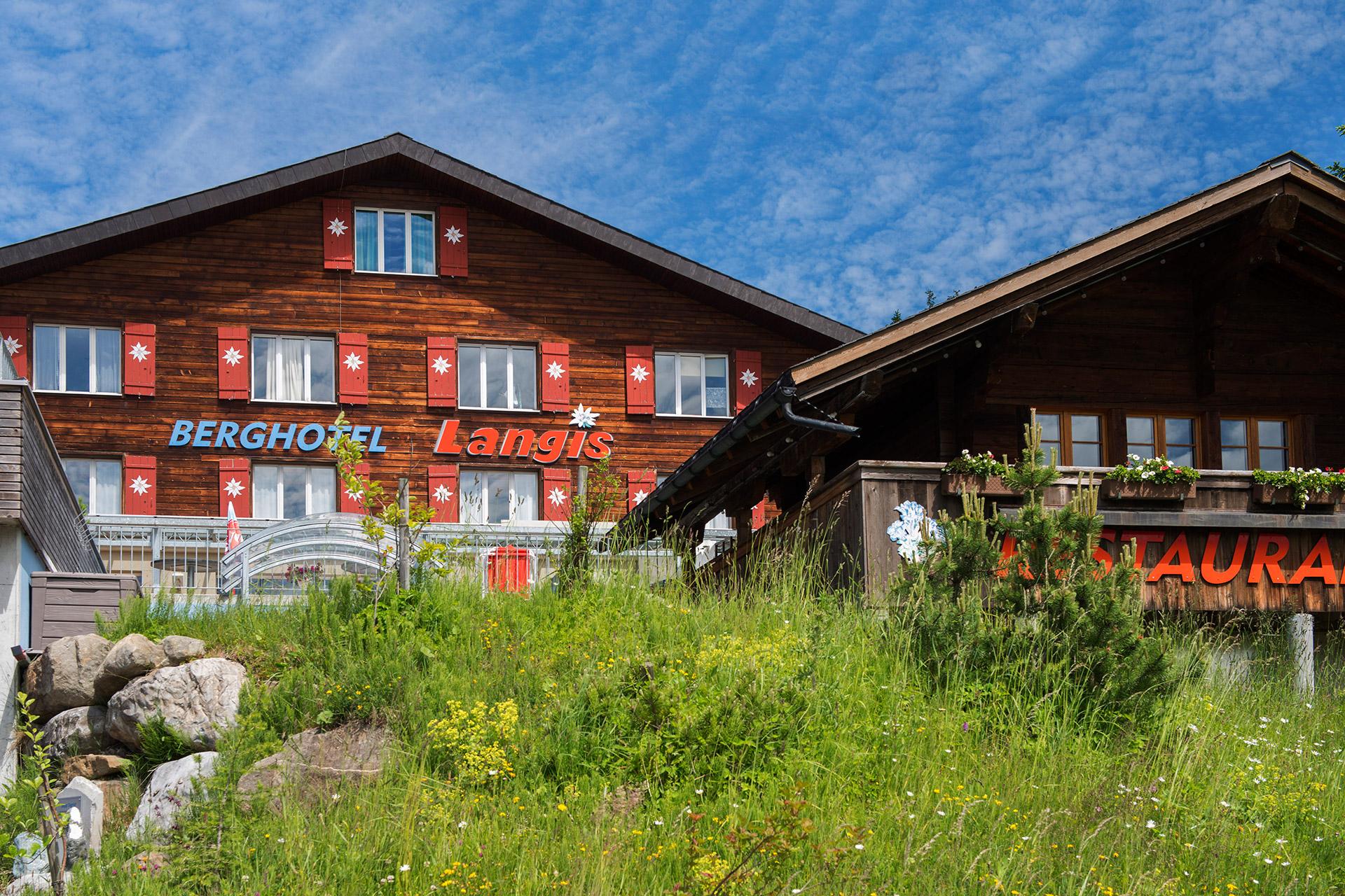 Willkommen im Berghotel Langis